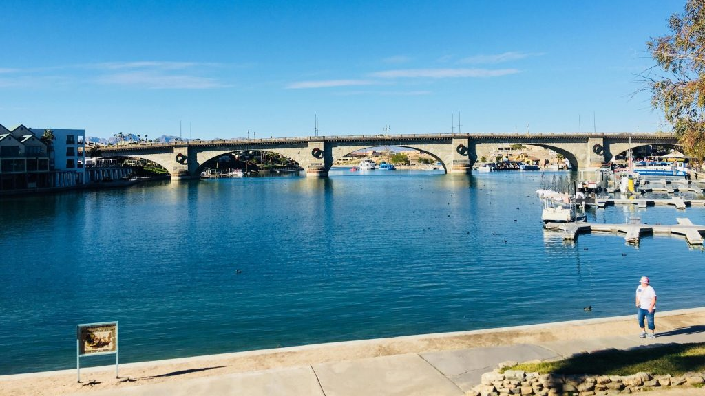 Wide angle view of the Bridgewater Channel of Lake Havasu