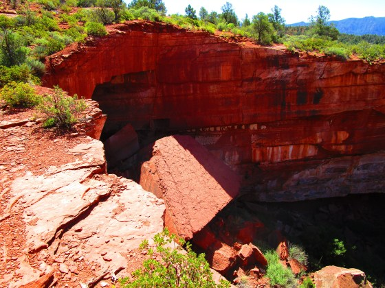 Devil's Kitchen Sinkhole