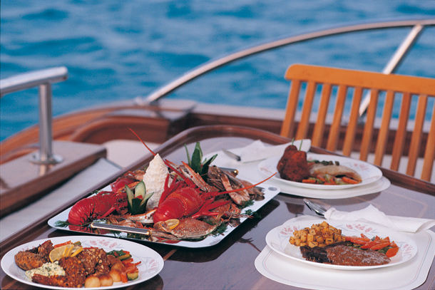 Sea Tours Muscat Oman BoatYacht Private Charter Have