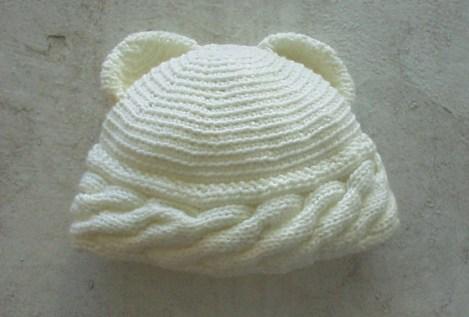 Foto de un Gorro Oso de Crochet de Puna Diseno