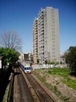 Las vías del tren Suárez-Mitre desde el puente de Jorge Newbery