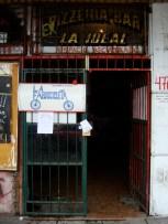 La entrada a la Asamblea de Villa Urquiza