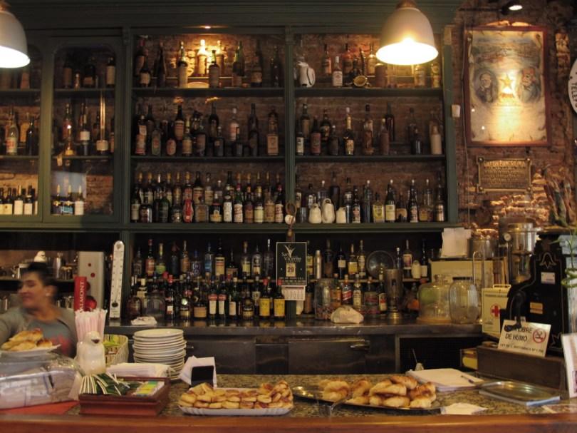 Mostrador del Café Roma