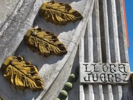 Detalle del frente del Teatro Urquiza. Foto