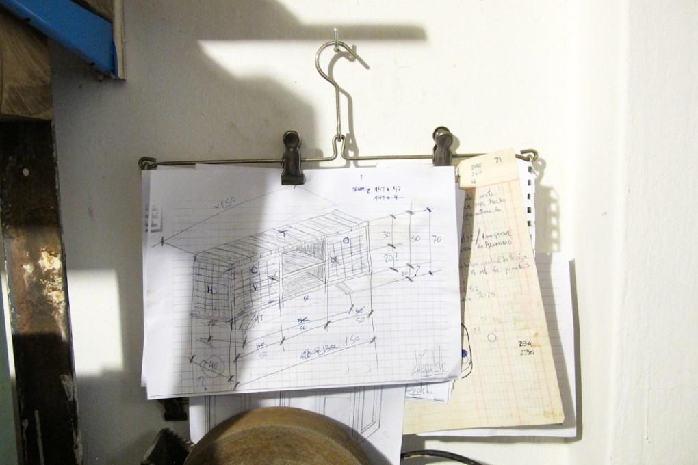 Planos para construcción de muebles en Salvador. Foto