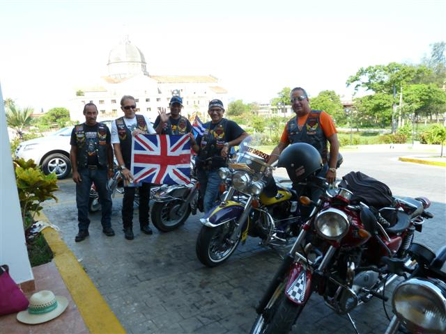 cuban-bikers03