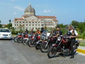 cuban-bikers10