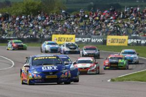 btcc03-jordan-in-race-one-thruxton