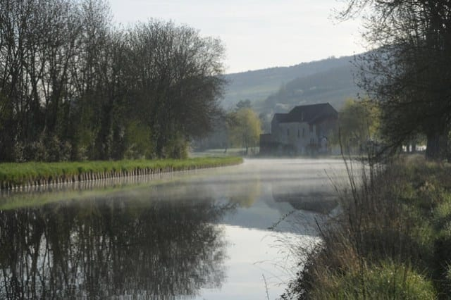 16-the-canal-at-dawn