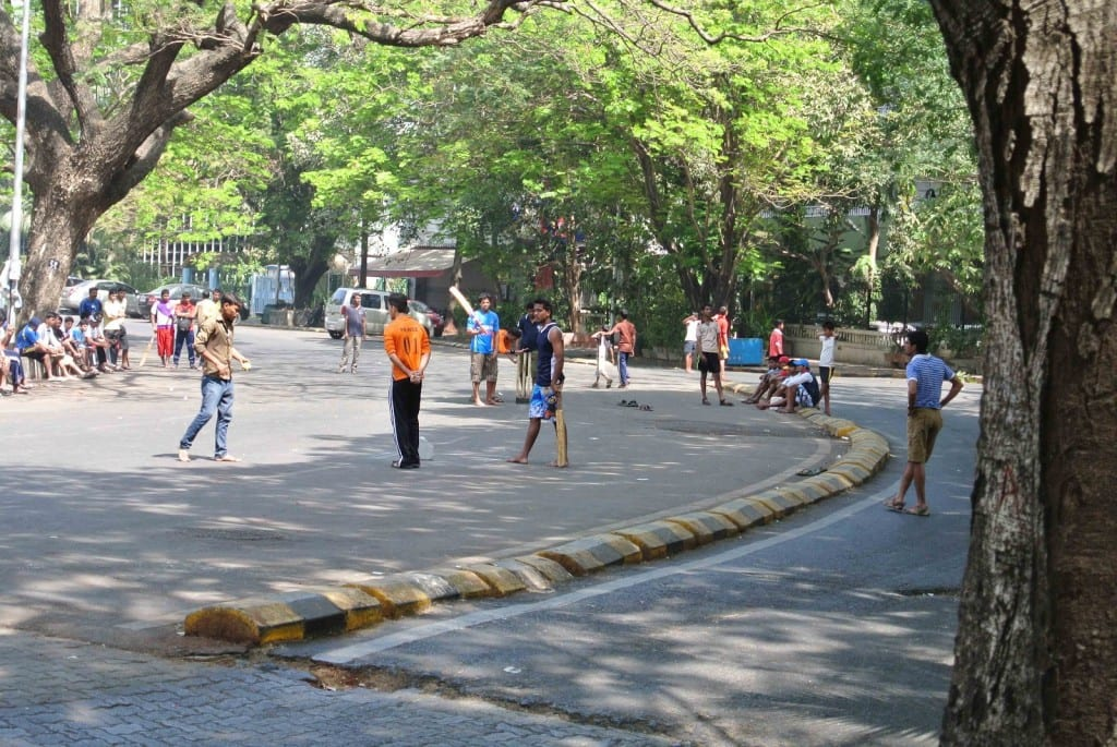 1)Street Cricket most popular in Mumbai