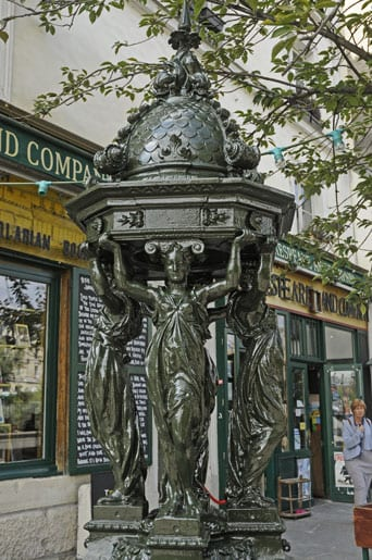 The Wallace fountain in front of Shakespeare & Co bookshop