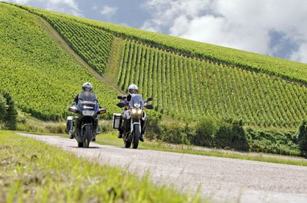 In the champagne vineyards (photo Eric Corlay)