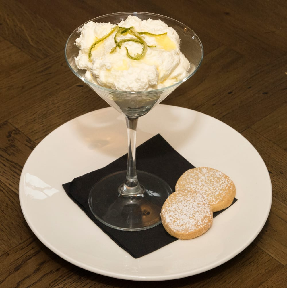 Lime-and-champagne-syllabub