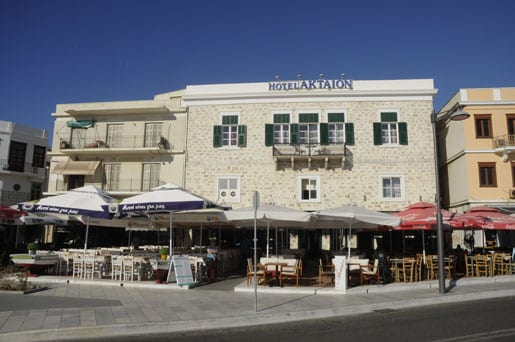 6- Trendy bars on Syros seafront