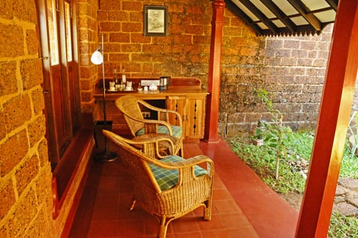 -private-tea-corner-and-garden-in-a-villa