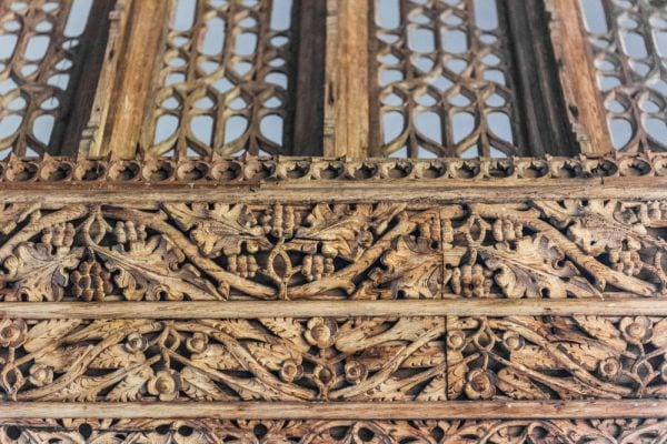 carving-details-on-rood-screen