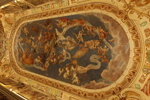 Ceiling-fresco-of-the-World-Maps-Hall