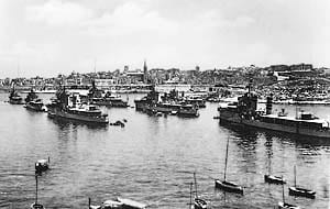 The-RN-3rd-Flotilla-in-the-Grand-Harbour-at-the-turn-of-the-20th-Century.