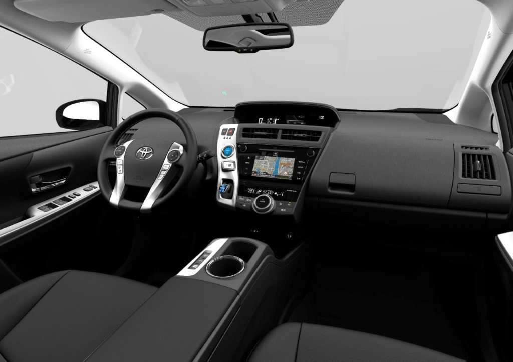 933847_MC-Prius-plus-Interior_01