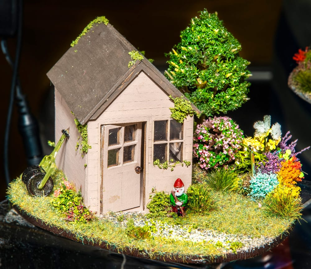 Pic Garden shed in quarterscale by Little House at the Priory