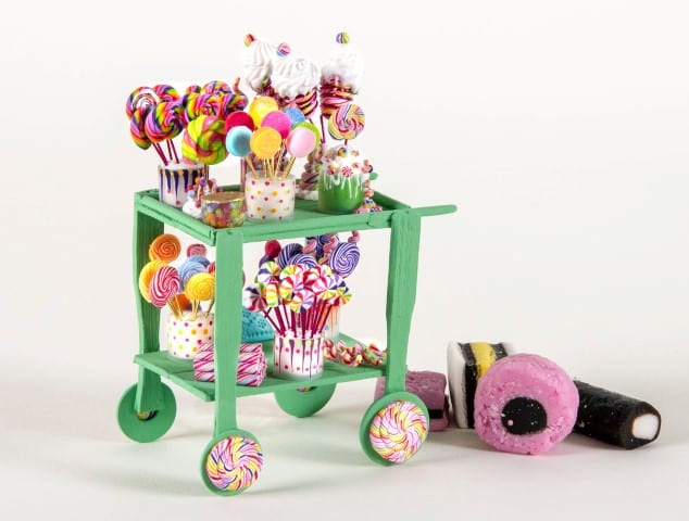Pic Sweet trolly by Ella Rose Miniatures