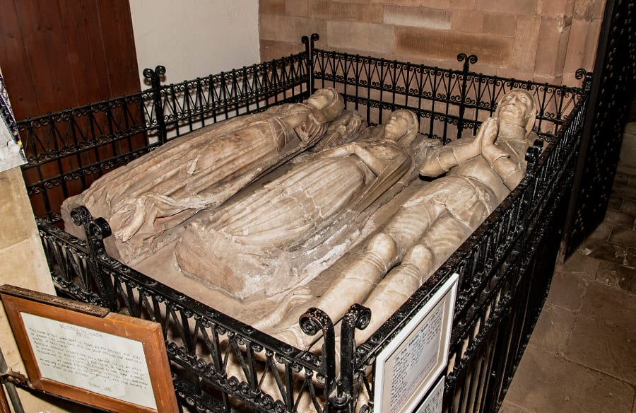 Pic Alabaster effigies of the Grey family