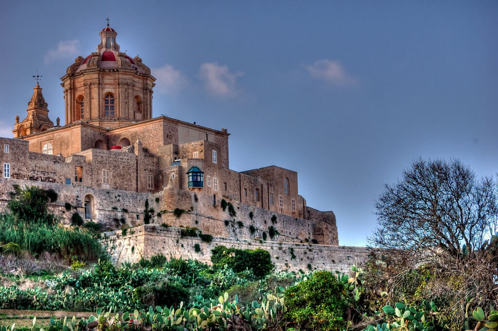 MalDia Maltas old capital city Mdina founded by the Phoenicians