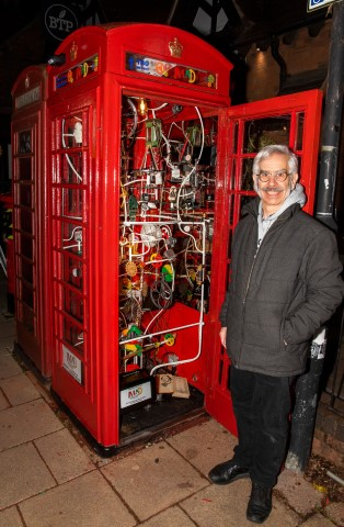 Pic Sculptor Pascal Bettex with his amazing telephone box honouring Shakespeare