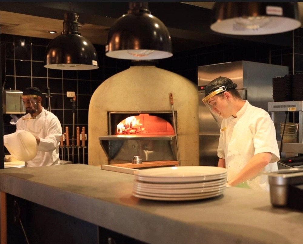 Pic Oakman Inns chefs ensuring safety guidelines are unheld