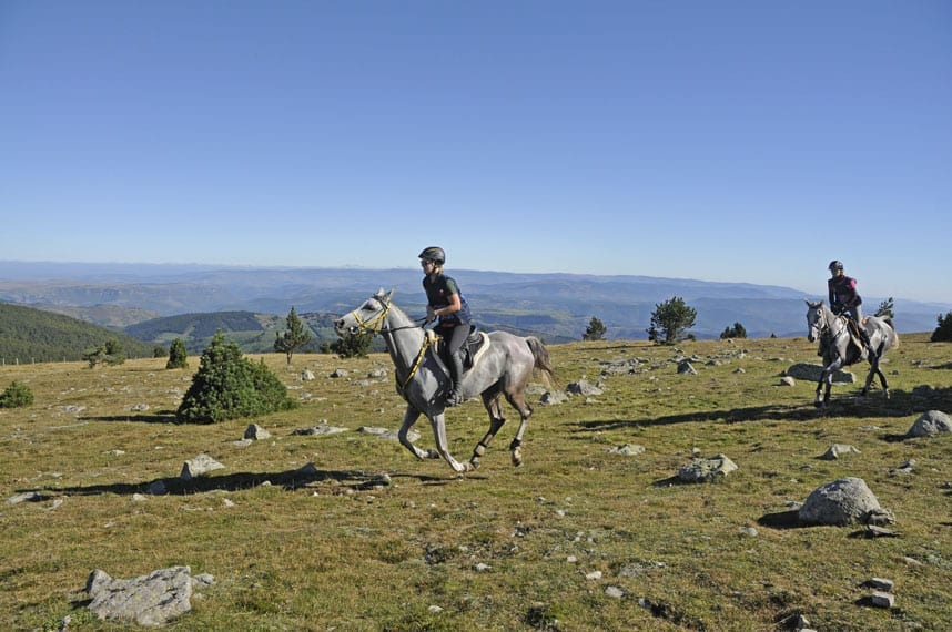 riding-on-the-Mount-Aigoual-2