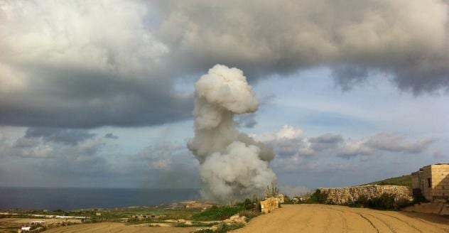 MalDia 06 (12-11-14) five killed instantly in Gharb excplosion