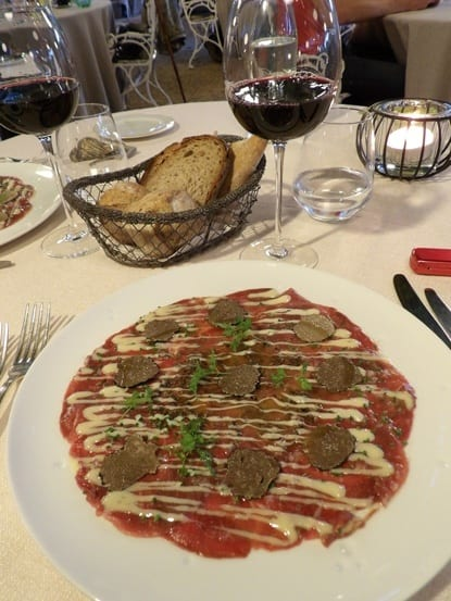 Delightful duck carpaccio with truffles