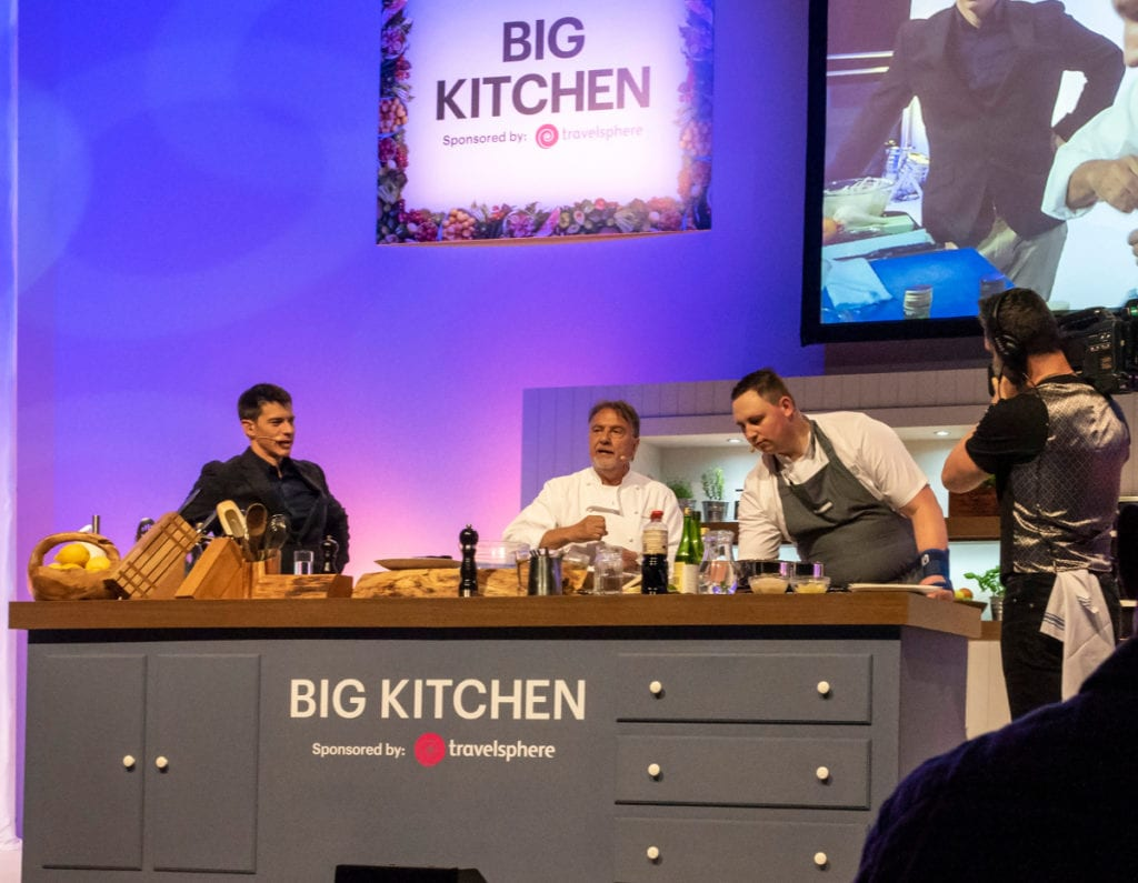 Pic Raymond Blanc assisted by Michael John