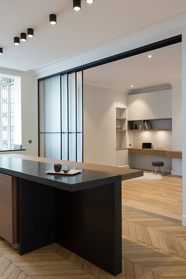 cuisine-bureau-9-appartement-luxe-paris