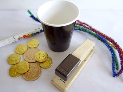 Making A Simple St. Patrick's Day Party Game - Pot O' Gold Toss - B-Inspired Mama
