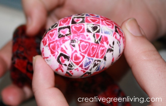 Silk Dyed Eggs for Easter from Creative Green Living and B-InspiredMama.com
