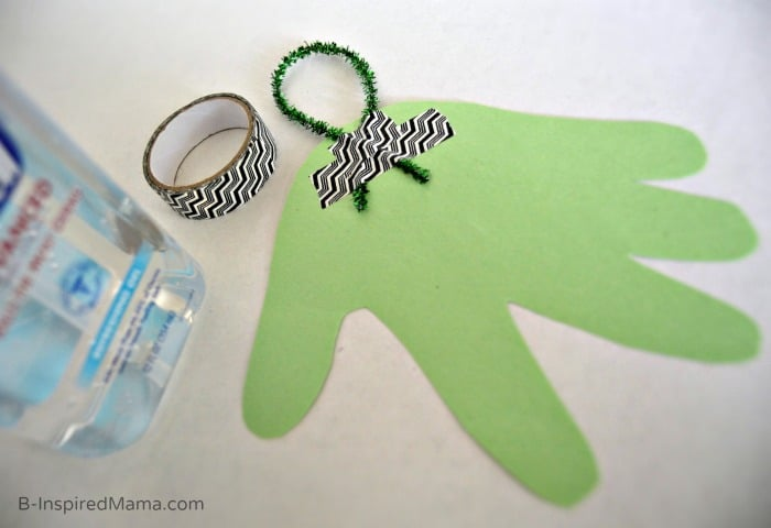 Making the Handprint for Our Germ-Free Teacher Gift + Our PURELL 30 Day Challenge at B-Inspired Mama #sponsored #PURELL30