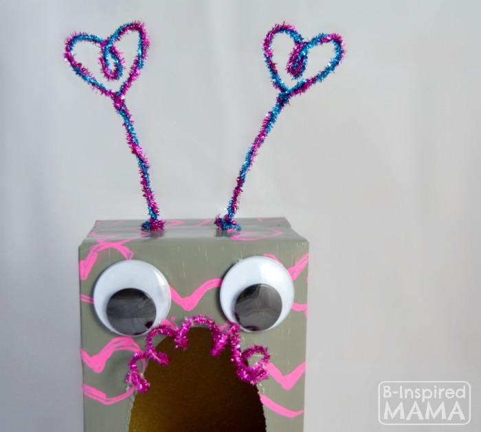 How To Make A Valentine Box Robot   A Closeup   B Inspired Mama