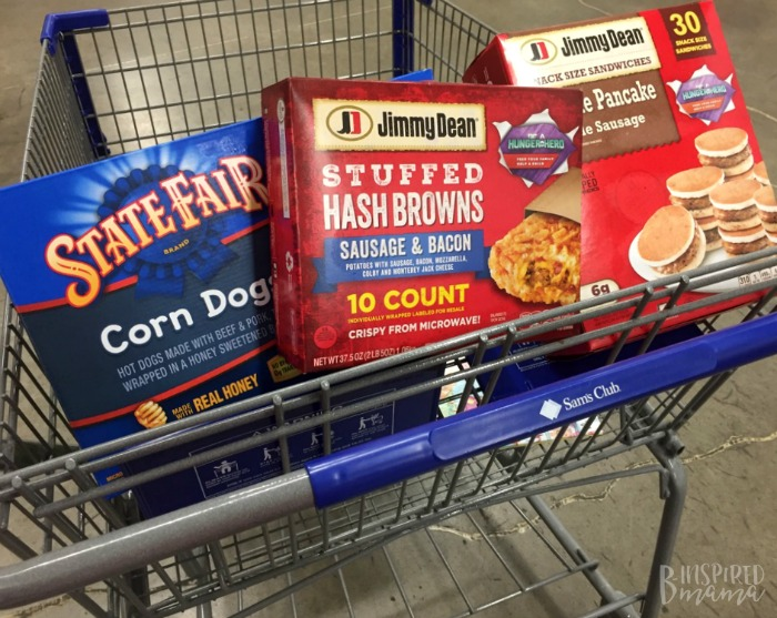 5 Easy Ways to Fight Hunger as a Family - Like Shopping at Sam's Club - at B-Inspired Mama