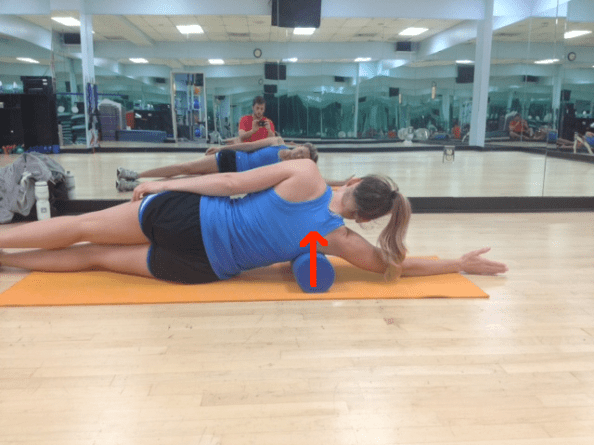 Scapular adduction due to foam rolling with lines