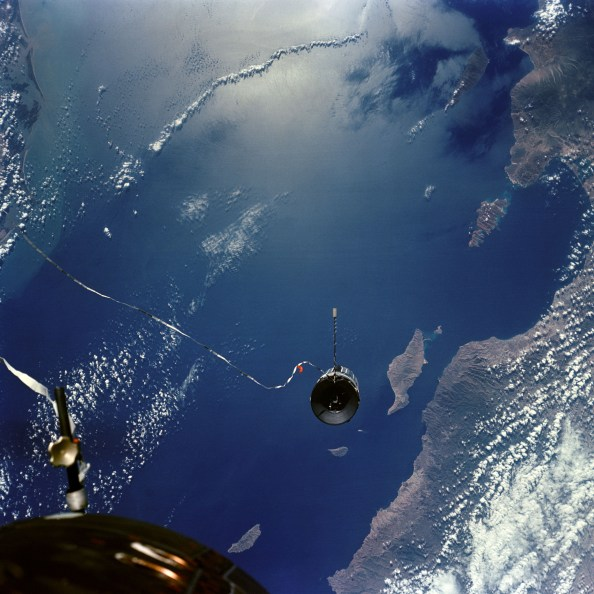 artificial gravity Gemini_11_Agena