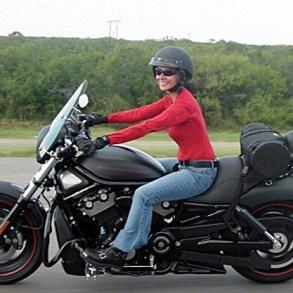 Credit: http://www.womenridersnow.com/docs/stories/2904/4421.jpg