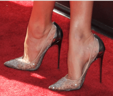 woman-high-heels-hallux-valgus