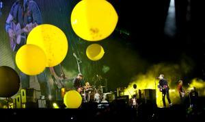 Coldplay Yellow balloons