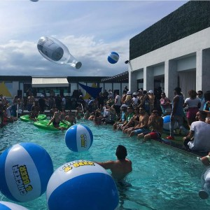 Chichen & Beer Pool Party
