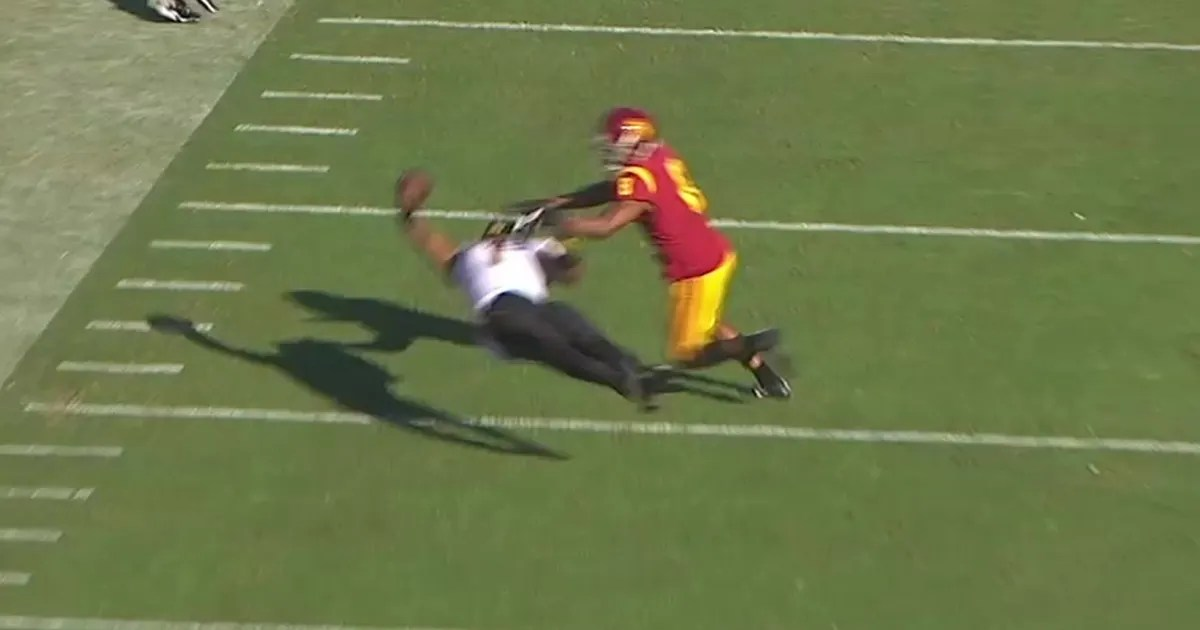 ASUs NKeal Harry makes one of the best catches EVER  on his back full extension and one