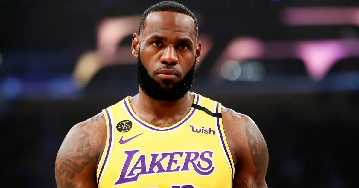 Nick Wright: 'The Last Dance' changes nothing, LeBron is still the GOAT (VIDEO) thumbnail