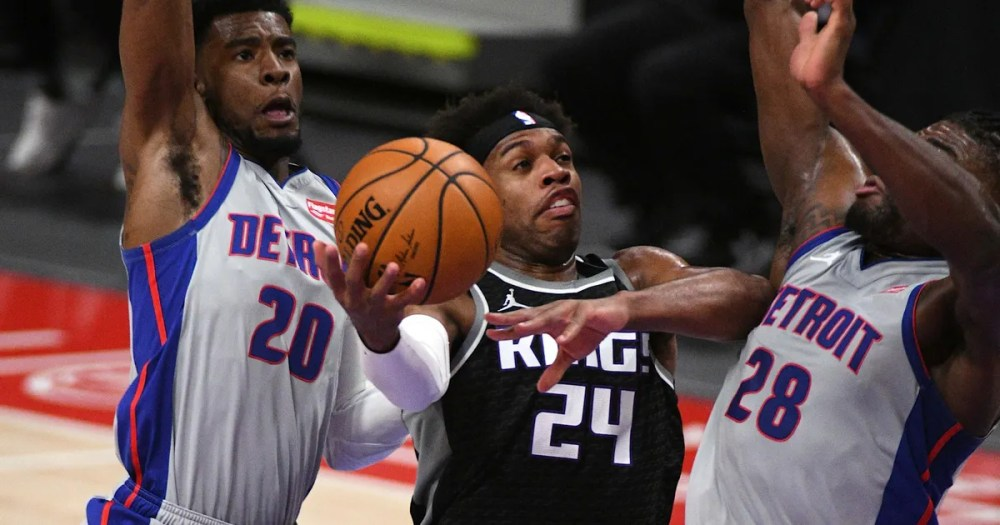 Pistons come back, then give it back in 110-107 loss to Kings (WITH VIDEOS)  | FOX Sports