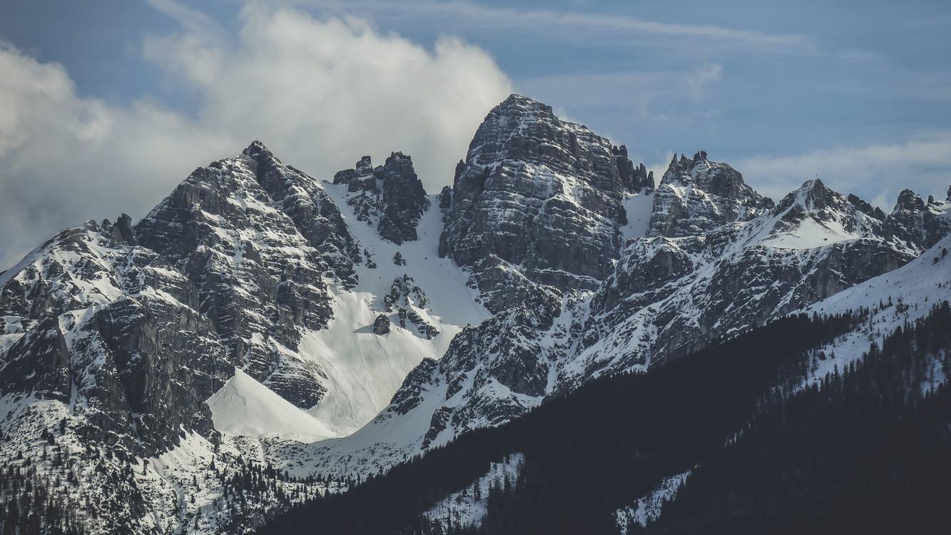 wilderness massif terrain background
