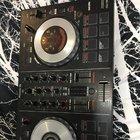 Pioneer DJ DDJ-SB2 Portable 2-channel controller (06/23/2019){??}